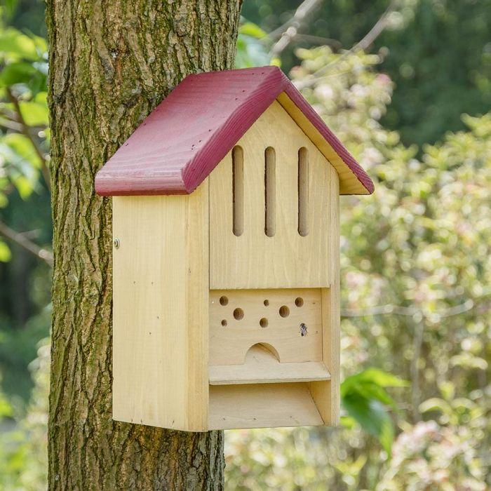 Hôtel pour papillons et abeilles