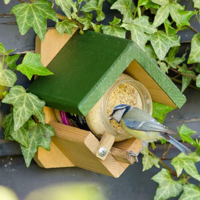 Beurre de cacahuètes pour oiseaux du jardin - vers de farine